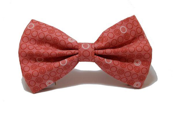 pajarita-estampada-circulos-rosado